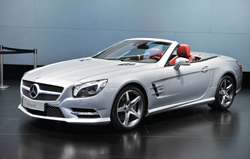 New Mercedes Benz SL Almost   Entirely Aluminium